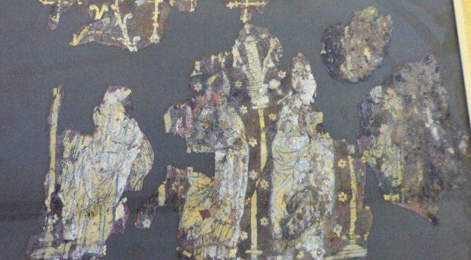 Corps sacrés : une histoire des textiles liturgiques à la fin du Moyen Âge