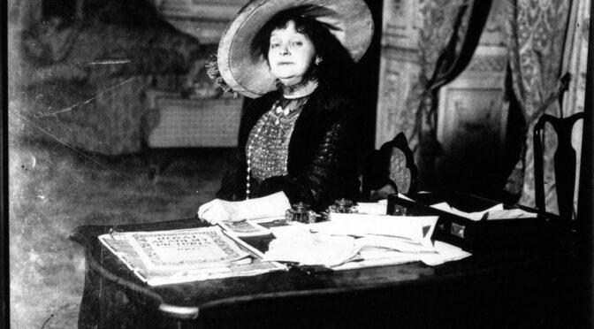 À la recherche de Gabrielle Réjane (1856-1920) : retracer l'histoire d'une comédienne et directrice de théâtre de la Belle Époque